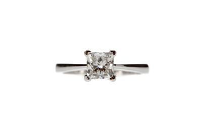Lot 810 - A GIA CERTIFICATED DIAMOND SOLITAIRE RING