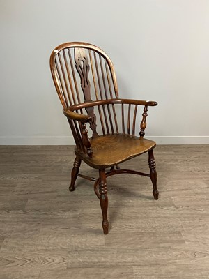 Lot 1393 - AN EARLY 19TH CENTURY YEW, OAK AND ELM HIGH BACK WINDSOR ELBOW CHAIR