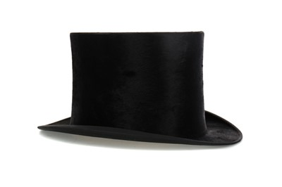 Lot 1399 - AN EARLY 20TH CENTURY SILK TOP HAT BY CHRISTY'S OF LONDON
