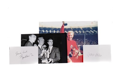 Lot 1742 - 1966 WORLD CUP INTEREST - A SET OF TEN AUTOGRAPHS AND TWO PHOTOGRAPHS
