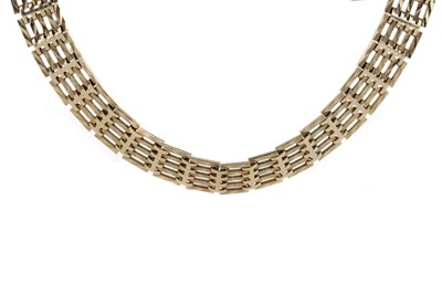 Lot 884 - GOLD GATELINK NECKLACE AND BRACELET