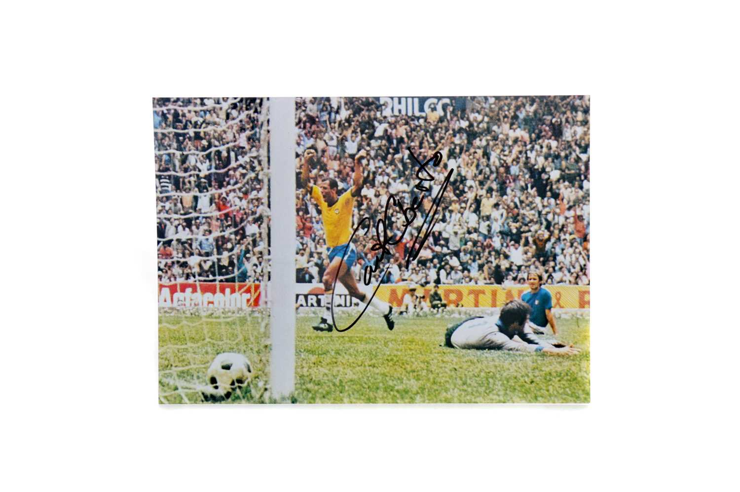 Lot 1754 - AN AUTOGRAPHED PHOTOGRAPH OF CARLOS ALBERTO