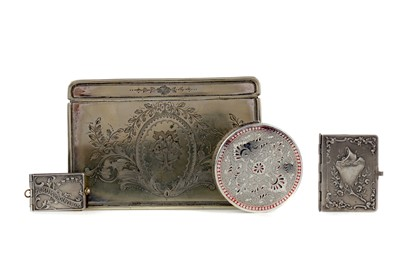 Lot 448 - A VICTORIAN SILVER PLATED CIGARETTE CASKET, ALONG WITH OTHER ITEMS