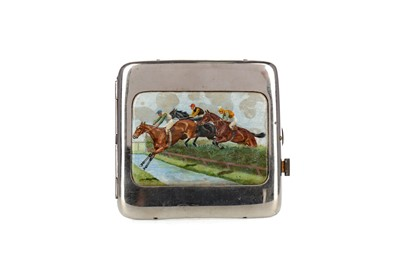 Lot 449 - AN EARLY 20TH CENTURY SILVER PLATED CIGARETTE CASE