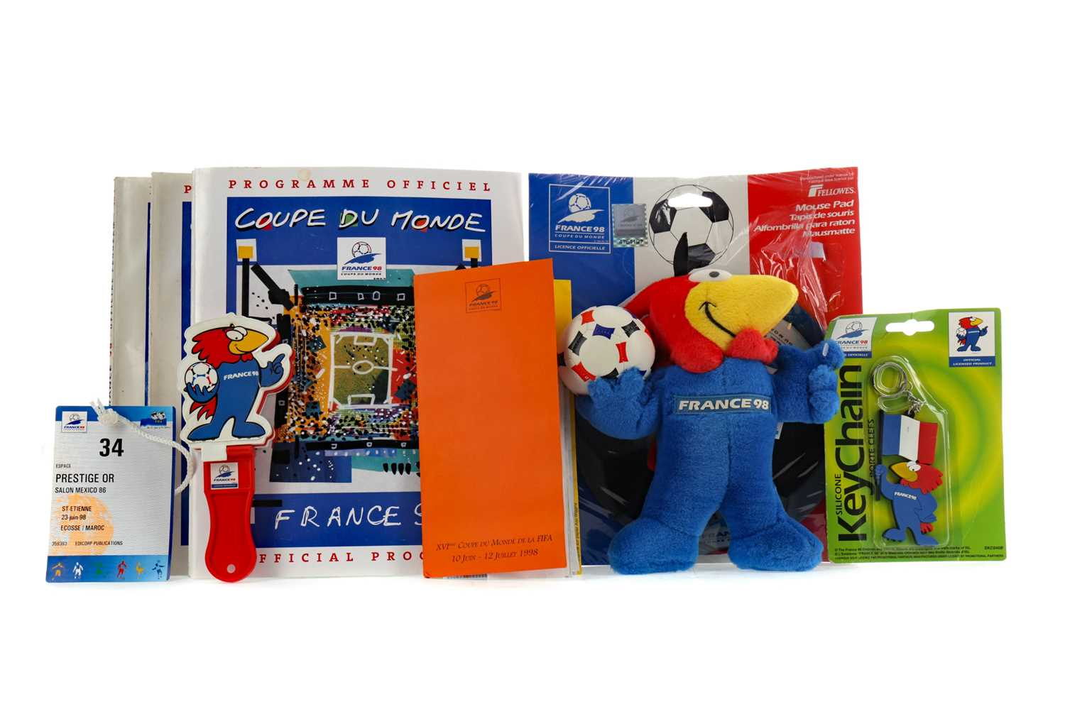 Lot 1800 - A COLLECTION OF FRANCE '98 WORLD CUP RELATED ITEMS