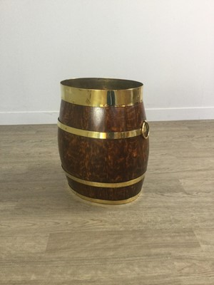 Lot 1400 - A COOPERED OAK AND BRASS BOUND STICK STAND