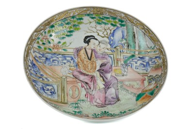 Lot 800 - A 19TH CENTURY CHINESE PLATE