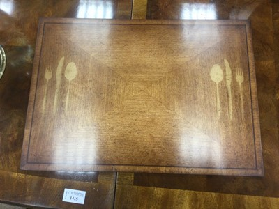 Lot 1415 - A WALNUT DINING ROOM SUITE BY DREXEL HERITAGE FURNISHINGS