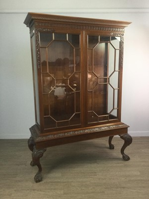 Lot 1416 - A MAHOGANY DISPLAY CABINET OF CHIPPENDALE DESIGN