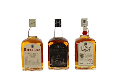 Lot 49 - HOUSE OF LORDS 12 YEARS OLD AND TWO HOUSE OF LORDS NAS
