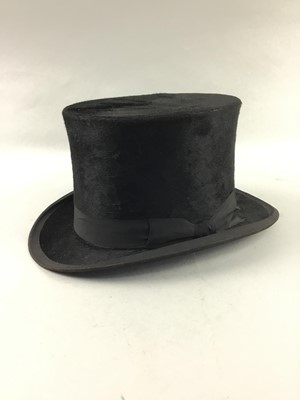 Lot 60 - A CARSWELL TOP HAT