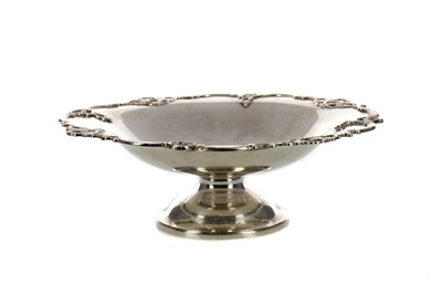 Lot 456 - A GEORGE V SILVER COMPORT