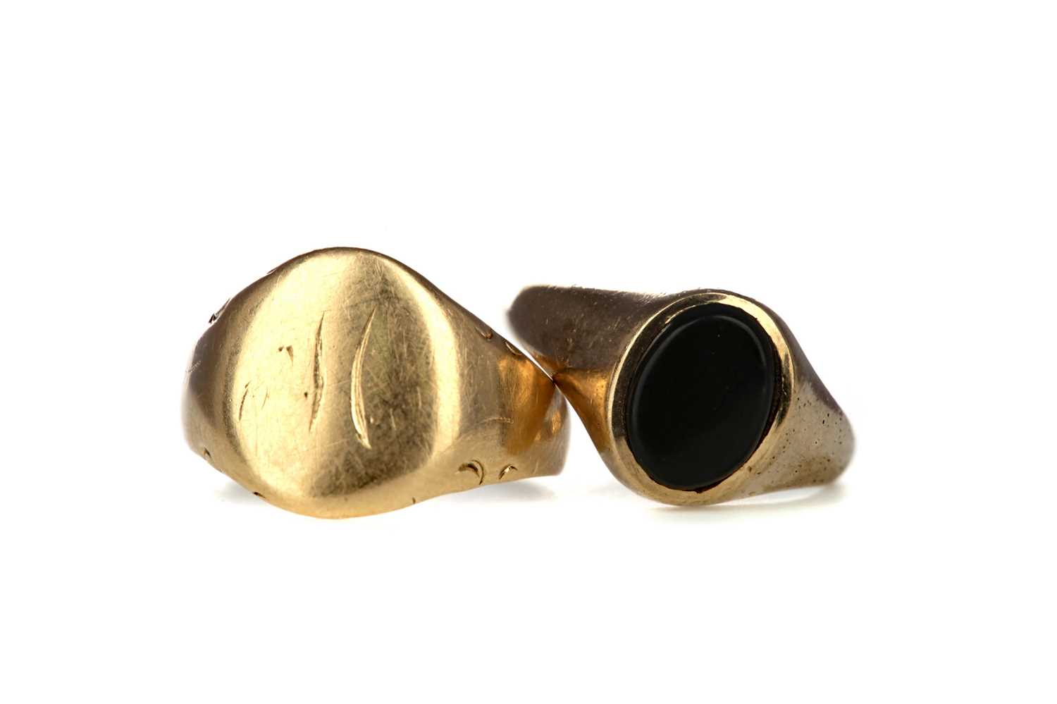 Lot 309 - TWO SIGNET RINGS
