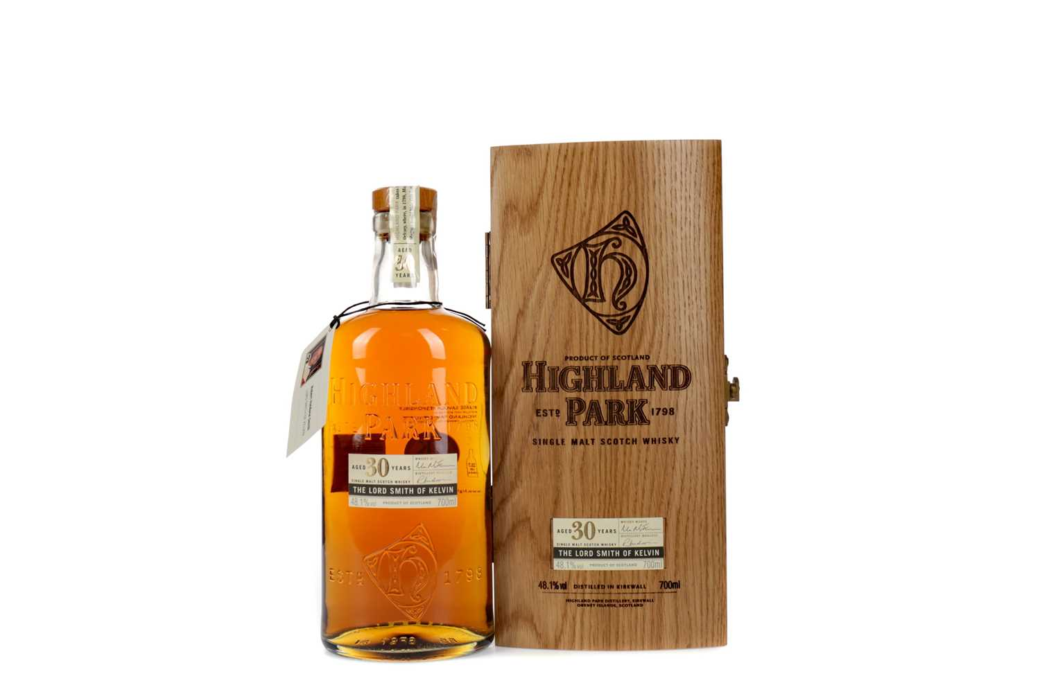 Lot 61 - HIGHLAND PARK THE LORD SMITH OF KELVIN AGED 30 YEARS
