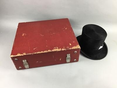 Lot 2 - A VINTAGE BLACK FELT TOP HAT, LEATHER SUITCASE AND A PICNIC SET