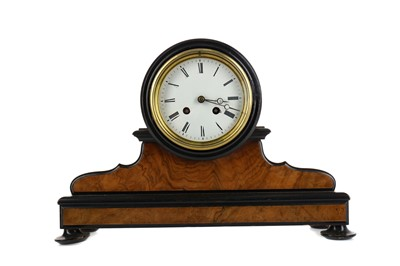 Lot 1154 - A LATE 19TH CENTURY MANTEL CLOCK
