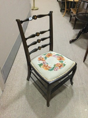 Lot 59 - AN EDWARDIAN INLAID CHILD'S CHAIR