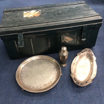 Lot 60 - A LOT OF SILVER PLATED TABLEWARE AND A METAL TRAVEL TRUNK
