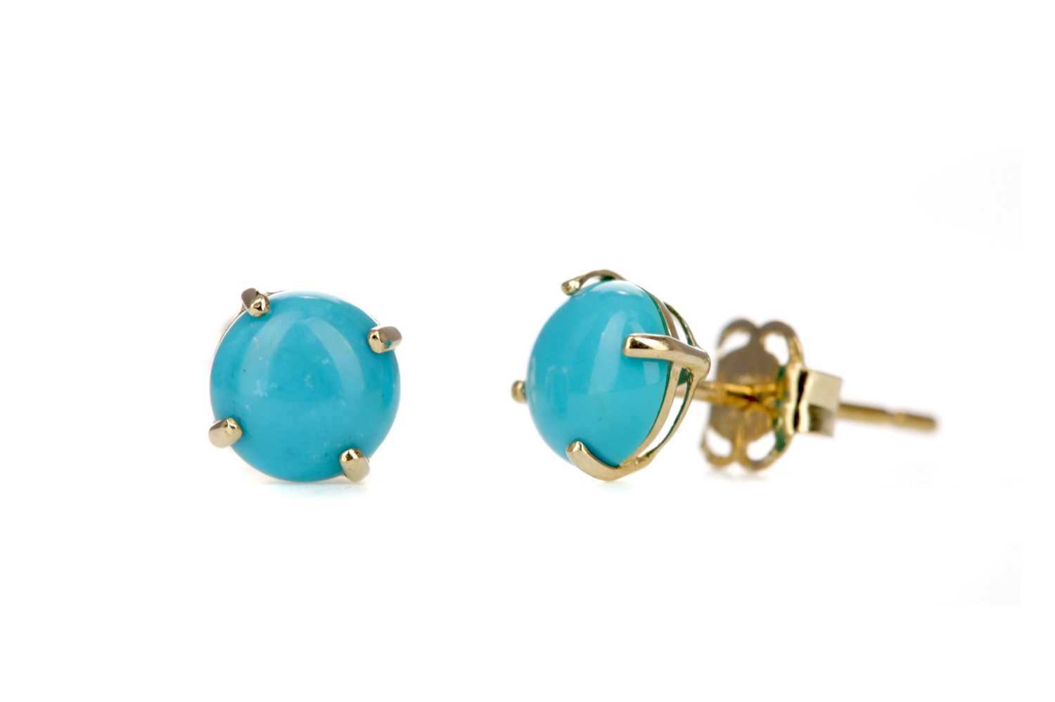 Lot 368 - A PAIR OF TURQUOISE STUD EARRINGS