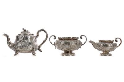 Lot 484 - A COMPOSITE EARLY 19TH CENTURY SILVER THREE PIECE TEA SERVICE