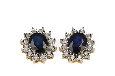 Lot 415 - A PAIR OF SAPPHIRE AND DIAMOND EARRINGS