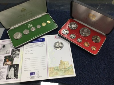 Lot 16 - A LOT OF COIN SETS