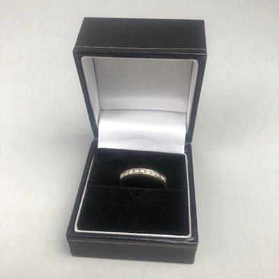 Lot 1 - A DIAMOND HALF ETERNITY RING