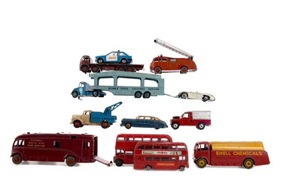 Lot 1633 - A COLLECTION OF DIE-CAST VEHICLES