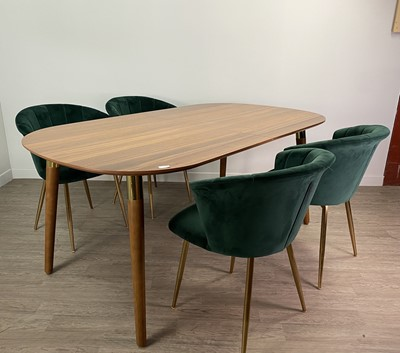 Lot 100A - A WALNUT AND BRASS OVAL EXTENDING DINING TABLE AND FOUR DINING CHAIR