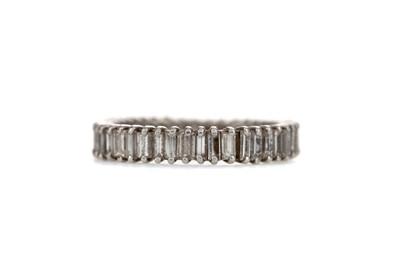 Lot 1305 - A DIAMOND ETERNITY RING
