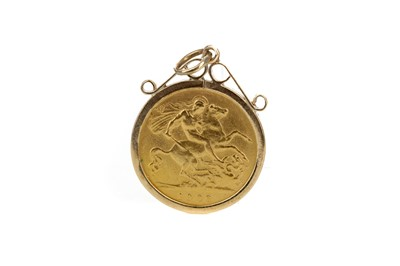 Lot 13 - A KING EDWARD VII GOLD HALF SOVEREIGN DATED 1908