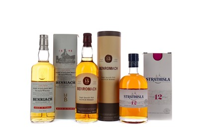 Lot 133 - STRATHISLA 12 YEARS OLD, BENRIACH AGED 10 YEARS AND BENROMACH AGED 15 YEARS