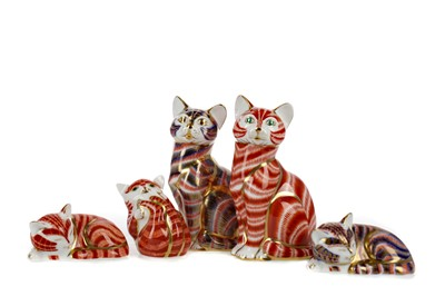 Lot 1068 - FIVE ROYAL CROWN DERBY CAT PAPERWEIGHTS
