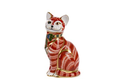 Lot 1069 - A ROYAL CROWN DERBY 'CHESHIRE CAT' PAPERWEIGHT