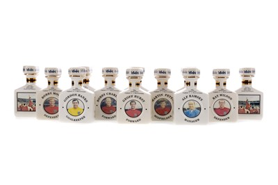 Lot 149 - ENGLAND WORLD CUP WINNERS 50TH ANNIVERSARY MINIATURE DECANTER SET (13x5cl)