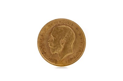 Lot 39 - A KING GEORGE V HALF SOVEREIGN DATED 1914