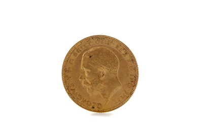 Lot 41 - A KING GEORGE V HALF SOVEREIGN DATED 1913