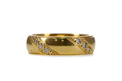 Lot 1325 - A DIAMOND SET WEDDING BAND