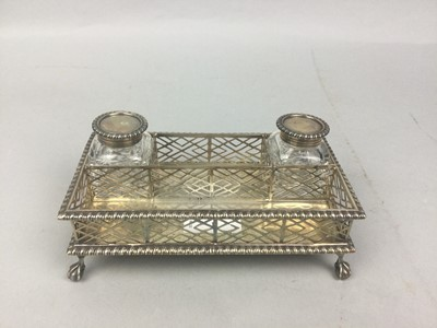 Lot 1 - A SILVER INKSTAND