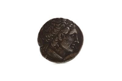 Lot 41 - ANCIENT GREECE PTOLEMAIC KINGDOM (205 BC - 30 BC) TETRADRACHM