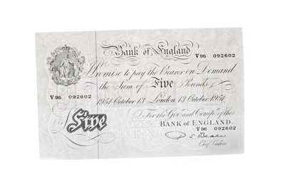 Lot 68 - A BANK OF ENGLAND FIVE POUND NOTE DATED 1951