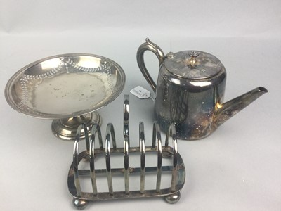 Lot 29 - A COLLECTION OF SILVER PLATED TABLE WARE