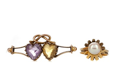 Lot 1379 - GEM SET BROOCH AND A RING