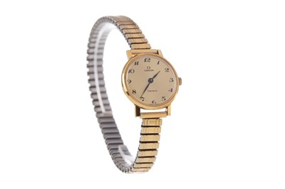 Lot 707 - A LADY'S OMEGA GOLD PLATED MANUAL WIND WRIST WATCH