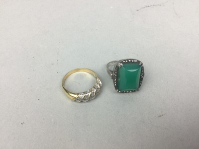 Lot 76 - AN ART DECO STYLE RING AND A DRESS RING