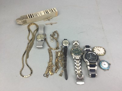 Lot 82 - A LOT OF WRIST WATCHES AND WATCH PARTS