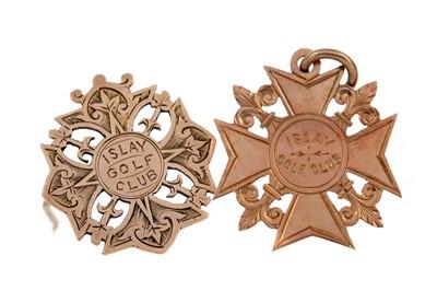Lot 1369 - NINE CARAT GOLD BROOCH AND MEDAL