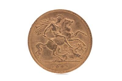 Lot 11 - AN EDWARD VII GOLD HALF SOVEREIGN DATED 1907