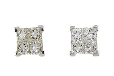 Lot 857 - A PAIR OF DIAMOND QUAD EARRINGS
