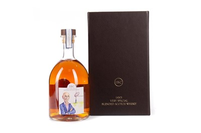 Lot 34 - IAN'S VERY SPECIAL BLENDED SCOTCH WHISKY